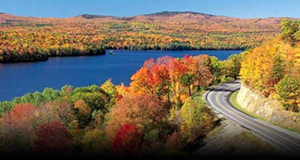 Maine's Most Scenic Roads: 25 Routes off the Beaten Path by Gibson, John